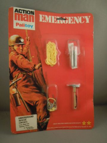 VINTAGE ACTION MAN -  UNDERGROUND RESCUE - EMERGENCY SERIES Still On card (Ref2)